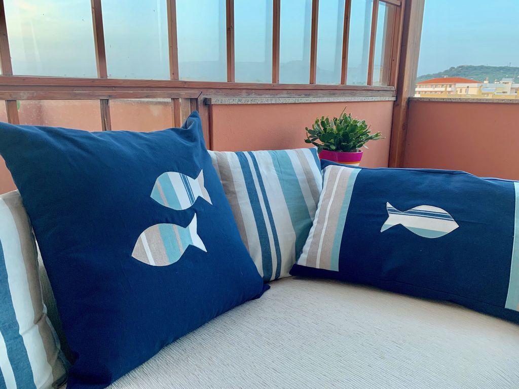 Cuscino con applicazioni marina - Cuscino con applicazioni marina